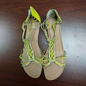 Women's 10 Seychelles yellow sandals